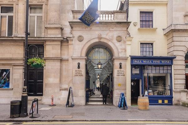 17 Royal Opera Arcade