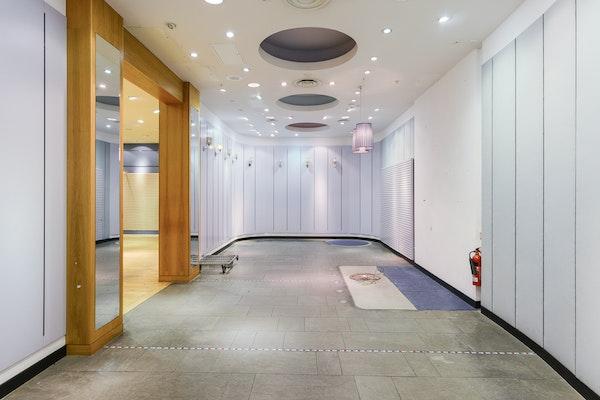 Brent Cross Double Unit - interior