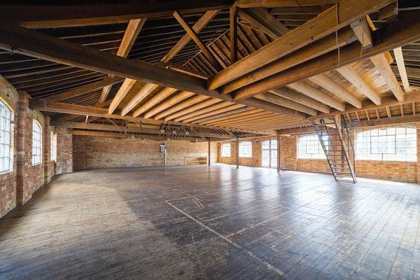 47-49 Tanner Street - The Loft