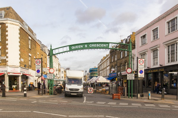 Queens Crescent Market