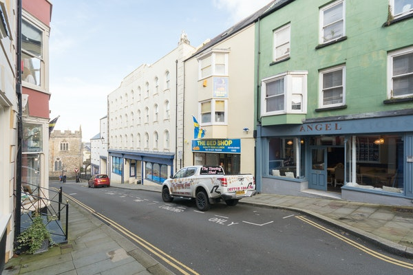 16 Market Street, Pembrokeshire