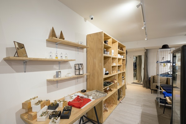 urbanac london, shelf space to rent