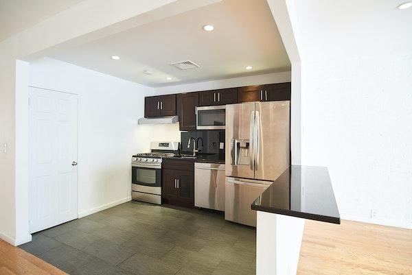 Open plan kitchen soho loft