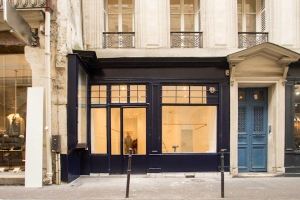 Boutique blanche, Haut-Marais