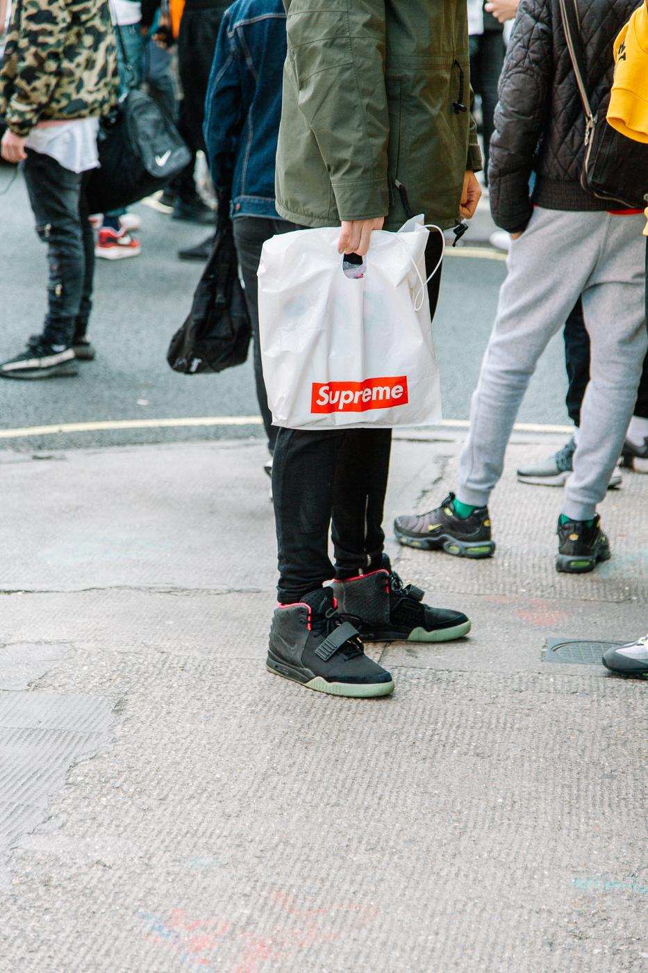 Supreme, pop up, drop, fashion, streetwear