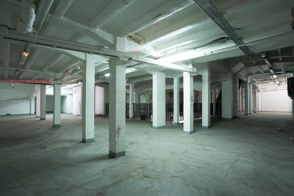 Showroom industriel du Château d'Eau