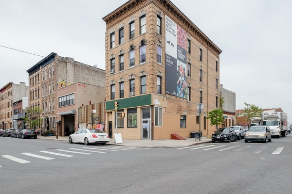 147 Thames Street , Brooklyn, New York, NY
