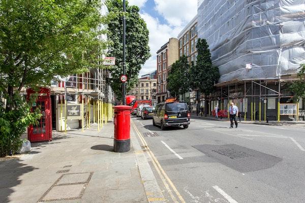The Chic Clerkenwell Basement Shop Share