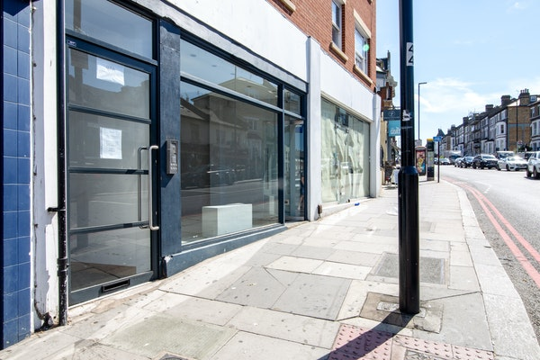 St John's Road – Retail Space