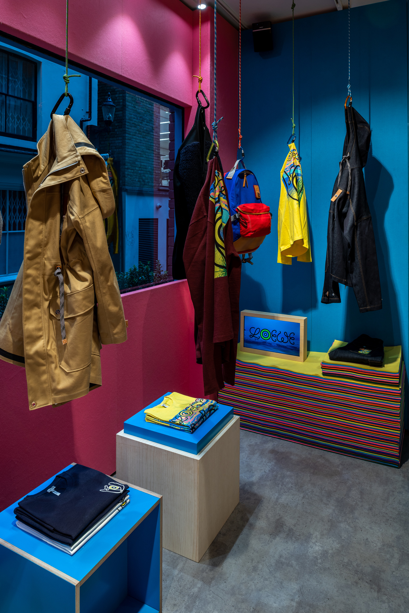 Loewe, pop up, how to build a pop up, London pop up, things to see in London, short-term retail,