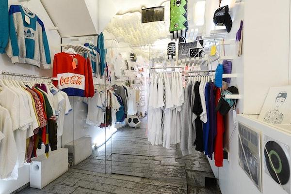 Lik+Neon - 106 Sclater Street